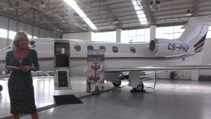 Netjets europe presenta il nuovo aeromobile phenom 300 for Grandi jet d affari in cabina