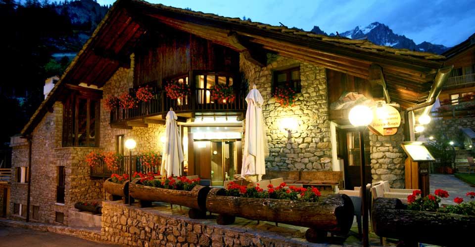Logis affilia l\'hotel Pilier d\'Angle di Courmayeur - TravelQuotidiano