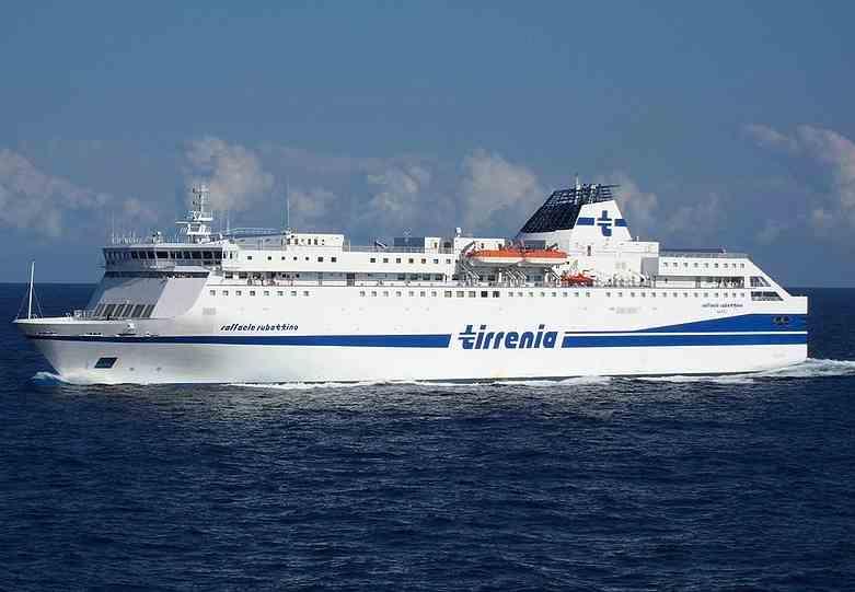 Tirrenia apre le prenotazioni traghetti per Sardegna e Sicilia ...