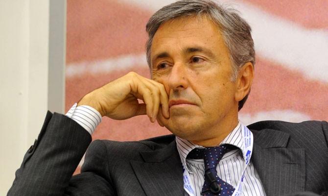 Castellucci atlantia pronta a cedere il 30 di aeroporti for Castellucci arredamenti roma