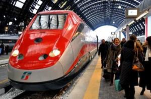 Trenitalia: dimezzato l'aumento degli abbonamenti AV