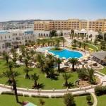 Attentato in Tunisia, vittime anche fra i turisti