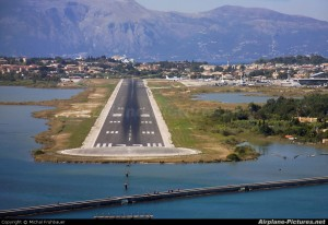 Grecia: un referendum sulla privatizzazione degli aeroporti delle isole Ionie
