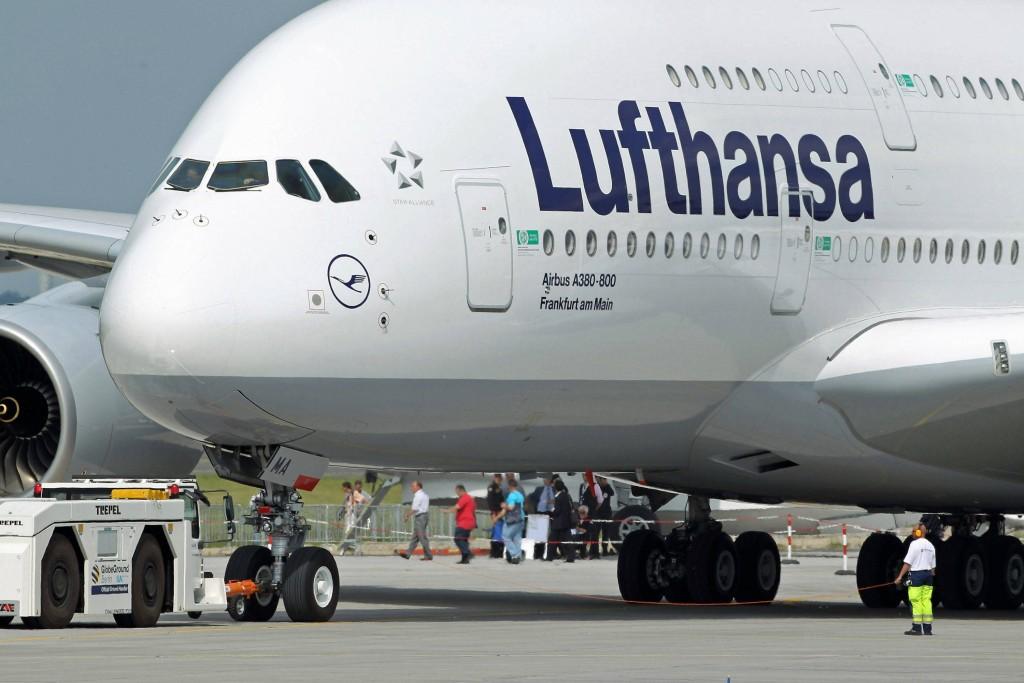 Associazioni di categoria contro Lufthansa. Nuove informative al cliente