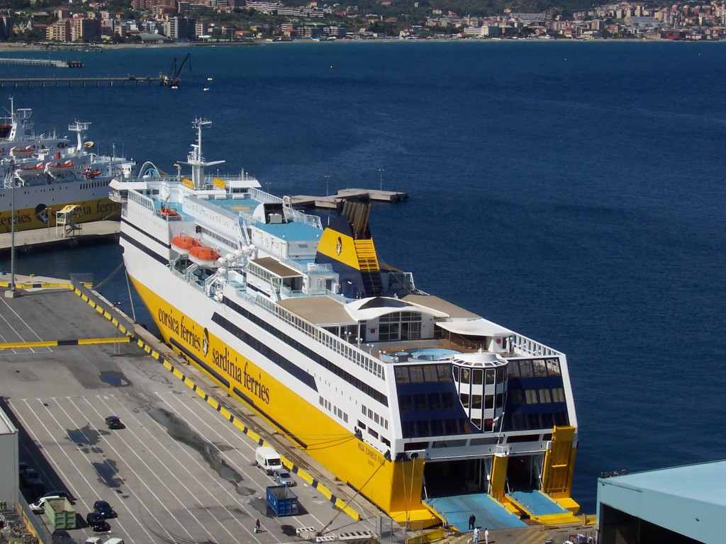 Sardinia ferries al girotonno travelquotidiano for Nave sardegna