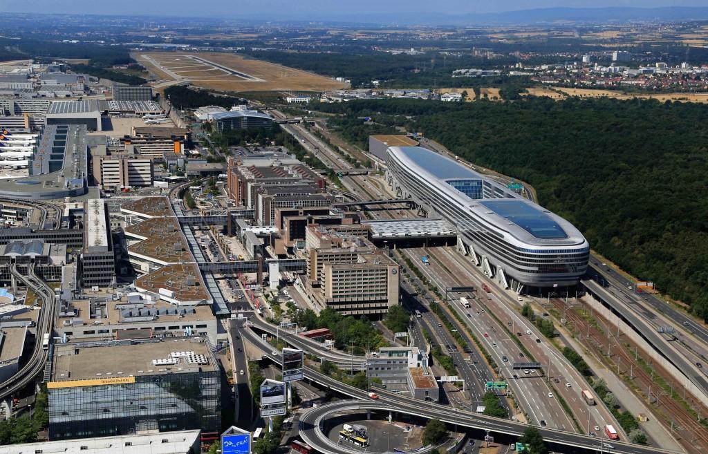 Germania, evacuato aeroporto Francoforte: allarme rientrato