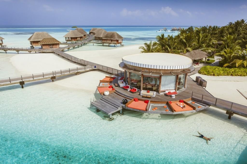 club med gli italiani scelgono maldive e repubblica