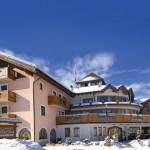 Dolomites Charming Hotel Tevini, dopo il restyling le proposte per sci e benessere
