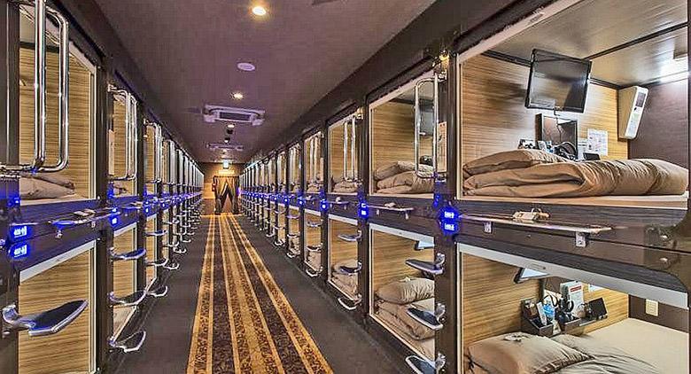 Inaugurato il capsule hotel di Capodichino: comfort e privacy nelle camere