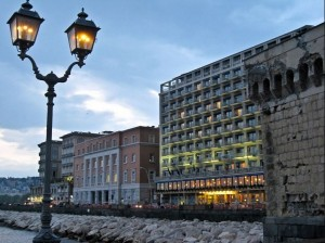 Royal Continental Napoli: un piano dedicato all'estro di Gio Ponti