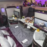 Qatar Airways all'Arabian Travel Market con la nuova Qsuite
