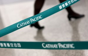Ristrutturazione per Cathay Pacific: tagli per 600 posti di lavoro