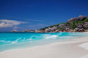 Risultati immagini per Seychelles meta perfetta per matrimonio e luna di miele!