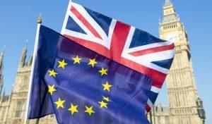 Spettro Brexit: visto elettronico e passaporto per i turisti europei
