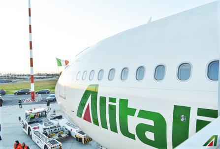Alitalia: riprotetto il 94% dei passeggeri. Si riapre il tavolo con i sindacati