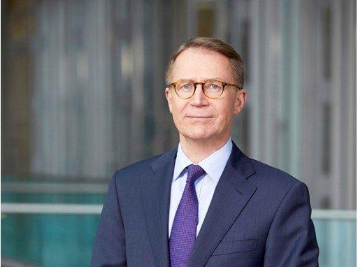 Svensson, Lufthansa: «Alitalia va ristrutturata, così non ci interessa»