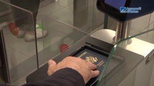 Fiumicino, record per il controllo passaporti agli eGate