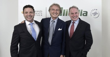 Alitalia: bene l'appoggio del governo. No all'aumento di capitale