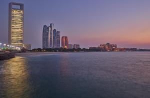Abu Dhabi in vetta alla classifica delle città più sicure