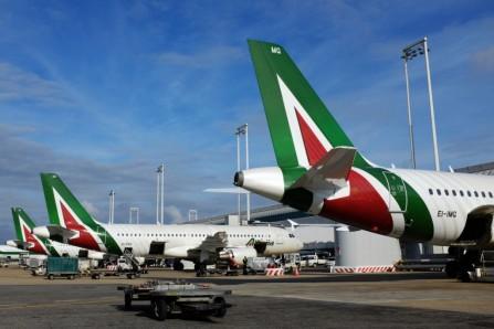 Terremoto: parte la campagna di aiuti di Alitalia
