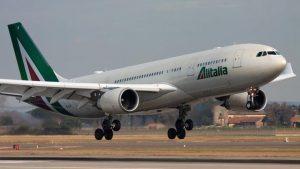 Alitalia interrompe i voli sulla Roma-New York fino al 31 maggio