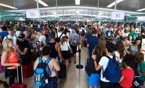 Vettori e aeroporti alla Ue: caos alle frontiere, ritardi inaccettabili