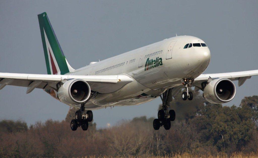 Toninelli su Alitalia: «Grandi novità a settembre»