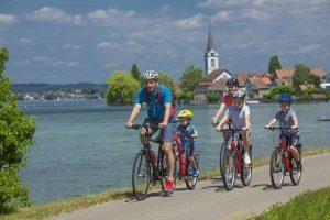 Vacanze in e-bike e bici, pacchetti tutto incluso sul lago di Costanza