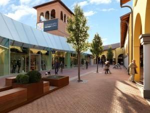Risposte Turismo, la mappatura dei luoghi dello shopping tourism in Italia