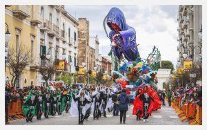 Carnevale di Putignano, sfilate ed enogastronomia nel cuore della Puglia