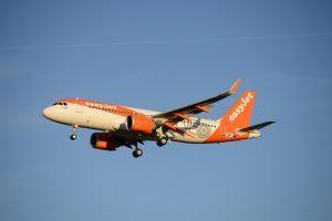 Nuovi 17 Airbus A320neo per easyJet