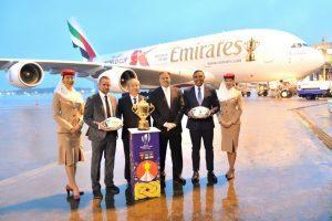 Emirates porta la Webb Ellis Cup da Dubai a Tokyo