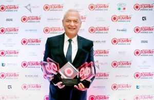 Emirates riceve i premi più ambiti ai Business Traveller Middle East Award