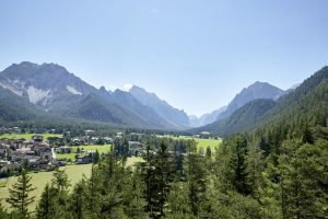 "Excelsior Dolomites Life Resort lancia l'offerta ""romantik dolomites day"""