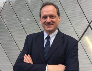 HRS: cambio al vertice in Italia