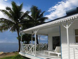 Opoa Beach Lodge: la Polinesia dei tre stelle, a piedi nudi nella laguna