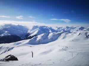 """Disentis, Svizzera: in primavera l'integrazione """"sci ai piedi"""" con Andermatt-Sedrun"""