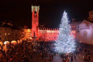 Trento, affluenza record per la 25a edizione del mercatino di Natale