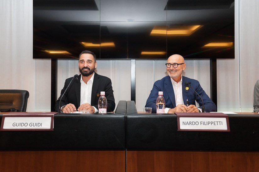Debutta con Nardo Filippetti e Guido Guidi, Lindbergh Hotels