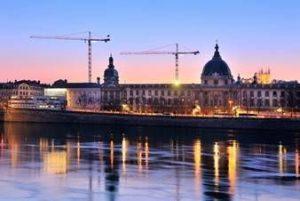 Rinasce il Grand Hôtel-Dieu di Lione, previsti anche negozi e ristoranti