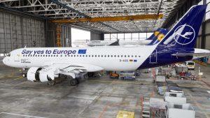 """""""SayYesToEurope"""", un Airbus di Lufthansa per promuovere le elezioni europee"""
