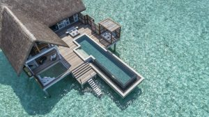 Il Four Seasons at Landaa Giraavaru apre le nuove All-Pool Water Villa
