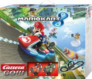 """Cattolica: """"Mario kart"""" sfreccia sulla spiaggia di Cattolica per il Super Mario Day"""