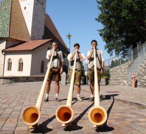 Marmolada, visite guidate e musica nel calendario estivo