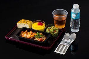 Qatar Airways lancia Quisine: nuova offerta di ristorazione in economy