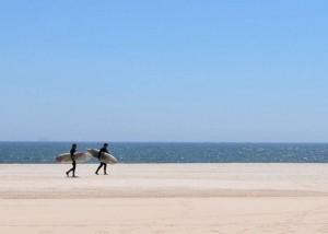 New York City inaugura il traghetto per la spiaggia di Rockaway