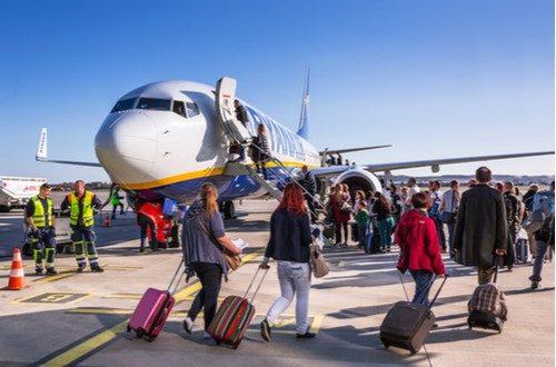 Ryanair annuncia ricorso contro l'Autorità. Per ora si continua a pagare