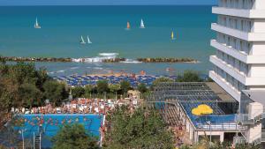 Bluserena mette in vendita i suoi sette hotel di proprietà?