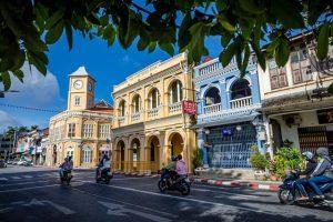 """Phuket sviluppa il turismo sostenibile con """"No Foam, No Plastic"""""""