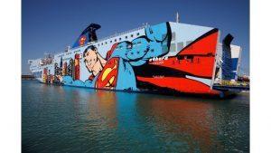 Tirrenia presenta agli agenti la nuova livrea del traghetto Athara